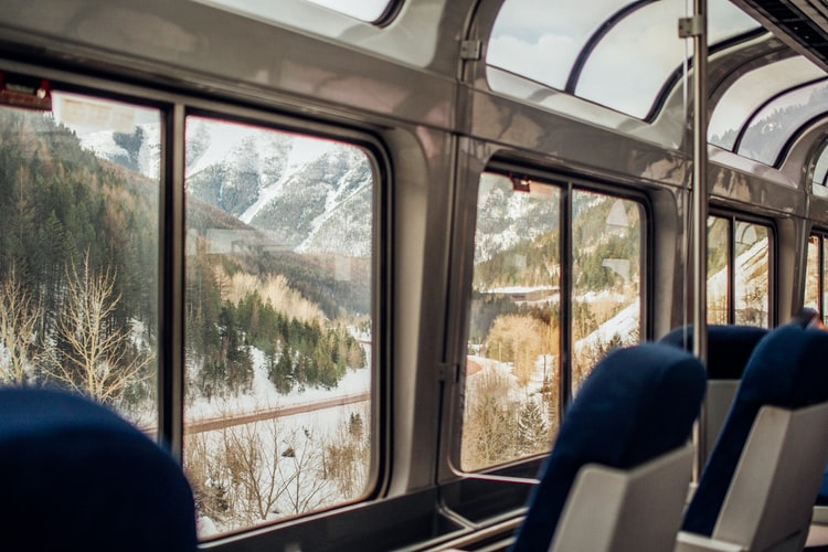 4 Train Holidays to Explore the Tracks in Every Season